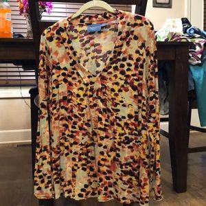 Beautiful, colorful Simply Vera shirt